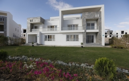 Special Chalet Sea view North Coast For Sale 105 Sqm | Book Now